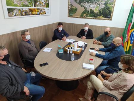 Reunião de secretários alinha ações para limpeza e embelezamento da cidade